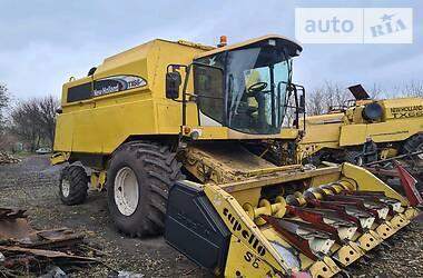 Комбайн зерноуборочный New Holland TX 66 2005 в Козельщине