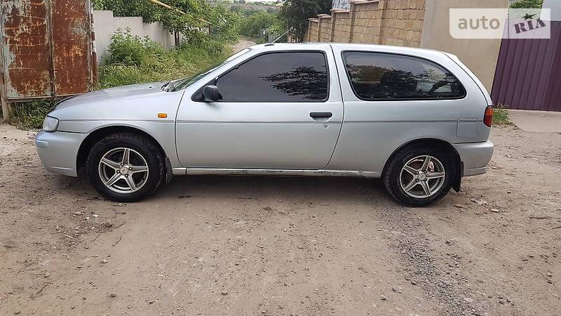 Nissan Almera 1996 года в Одессе