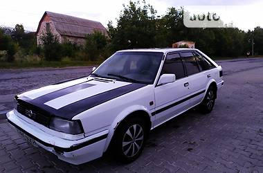 Nissan Bluebird 1988 в Дунаевцах