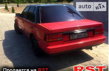 Nissan Bluebird 1988 в Каховке