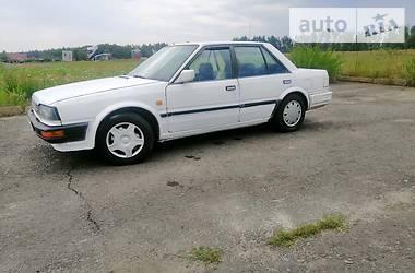 Седан Nissan Bluebird 1988 в Житомире