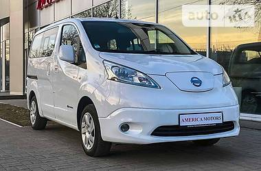 Легковой фургон (до 1,5 т) Nissan e-NV200 2017 в Киеве