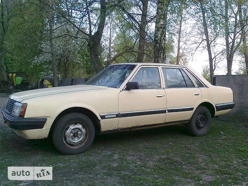 Nissan Laurel 1983 в Хороле