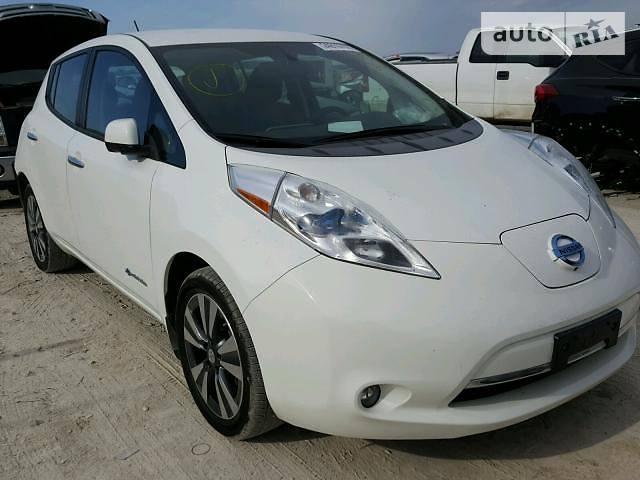 Nissan Leaf 2015 в Запорожье