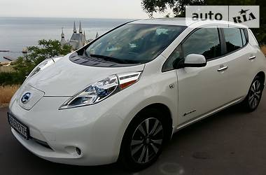 Nissan Leaf SL 30 kWt BOSE 4-kam