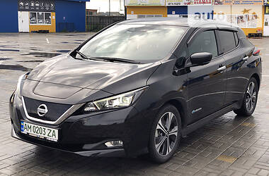 Хэтчбек Nissan Leaf 2018 в Житомире