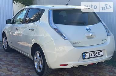 Хэтчбек Nissan Leaf 2012 в Одессе