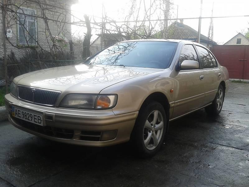 Nissan Maxima 1998 в Пятихатках