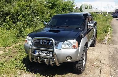 Внедорожник / Кроссовер Nissan Navara 2004 в Ровно