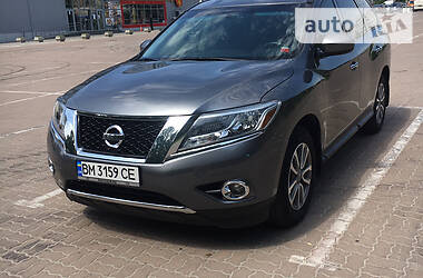 Nissan Pathfinder 2016 в Сумах