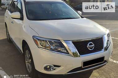 Внедорожник / Кроссовер Nissan Pathfinder 2012 в Раздельной