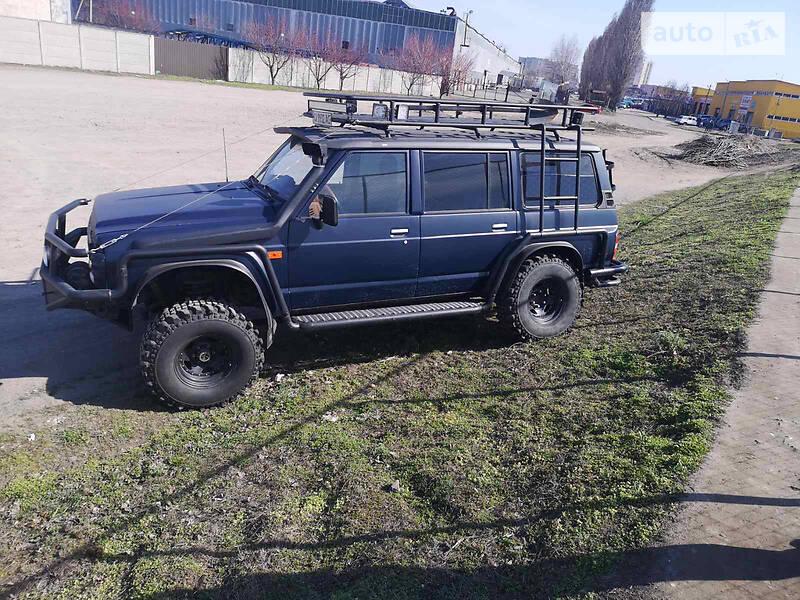 Позашляховик / Кросовер Nissan Patrol 1993 в Черкасах