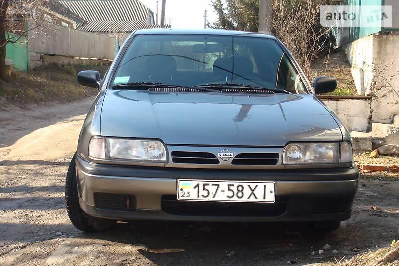 Nissan Primera 1994 в Городке