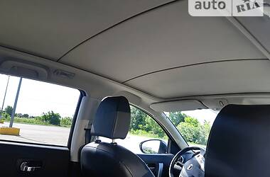 Позашляховик / Кросовер Nissan Qashqai+2 2010 в Чернівцях