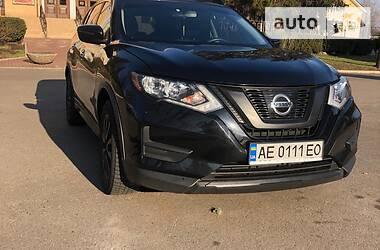 Внедорожник / Кроссовер Nissan Rogue 2017 в Кривом Роге