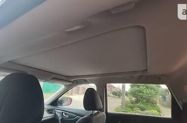 Позашляховик / Кросовер Nissan Rogue 2016 в Харкові