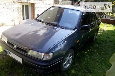 Седан Nissan Sunny 1993 в Тячеве