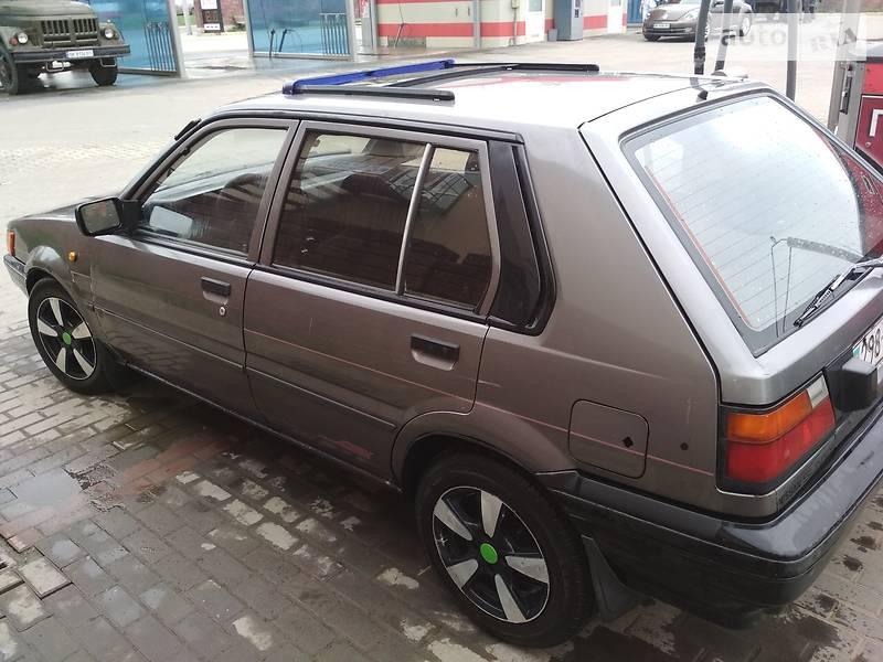 Nissan Sunny 1988 в Ровно