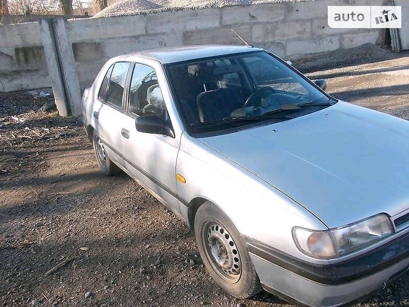 Nissan Sunny 1990 в Измаиле