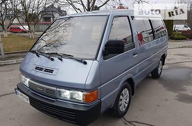 Минивэн Nissan Vanette пасс. 1990 в Хмельницком