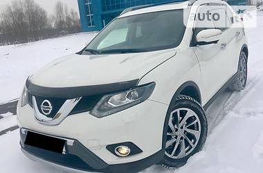 Nissan X-Trail Official 2015