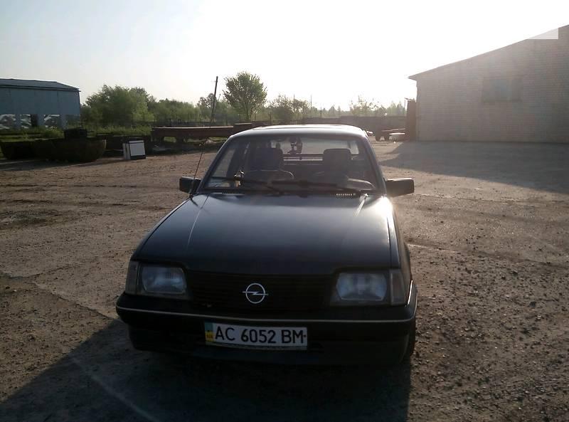 Opel Ascona 1988 в Ковелі