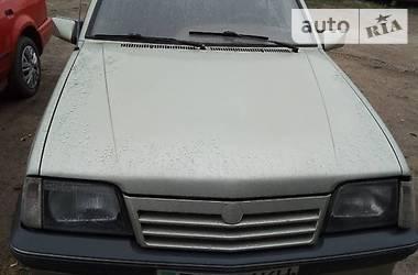 Opel Ascona 1988 в Киеве