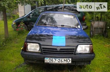 Opel Ascona 1985 в Черновцах