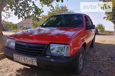 Opel Ascona 1987 в Токмаке