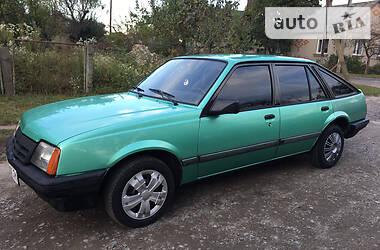 Opel Ascona 1988 в Луцке