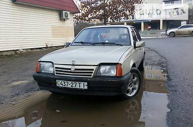 Opel Ascona 1988 в Богородчанах