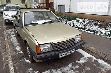 Opel Ascona 1986 в Киеве