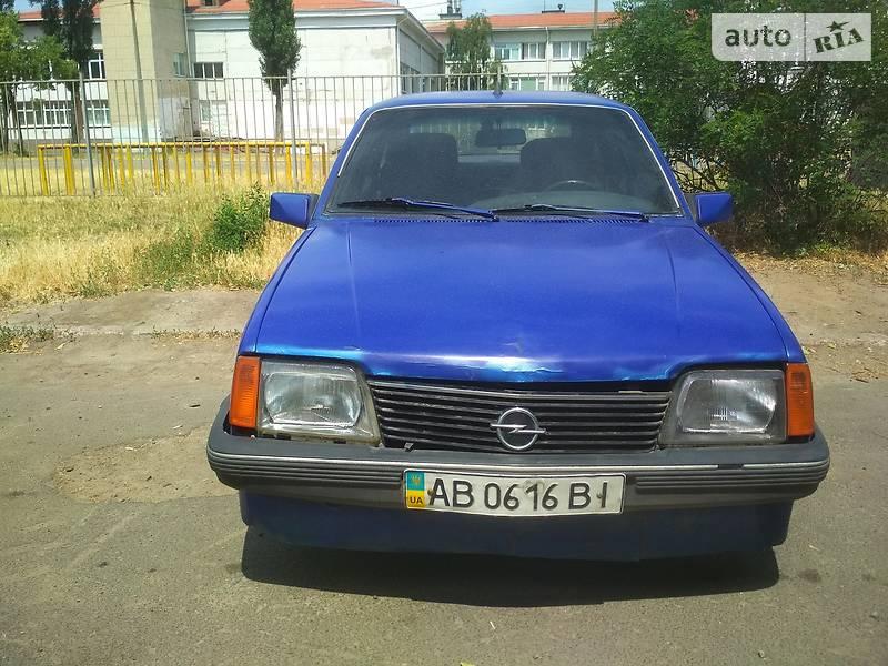 Хетчбек Opel Ascona 1984 в Києві