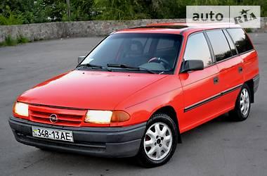 Opel Astra F 1992 в Горішніх Плавнях
