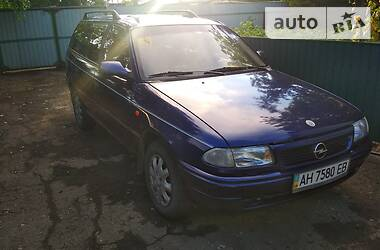 Универсал Opel Astra F 1997 в Макеевке