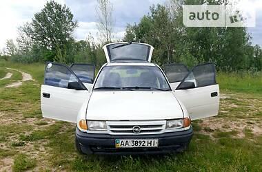 Хэтчбек Opel Astra F 1991 в Киеве