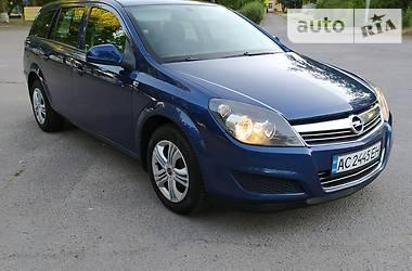 Opel Astra H 2011 в Новой Каховке