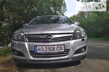 Opel Astra H 2010 в Мукачево