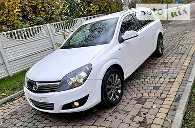 Opel Astra H 2010 в Дубно