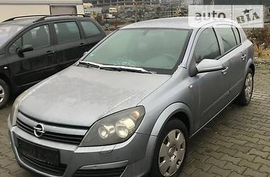 Opel Astra H 2004 в Хотине