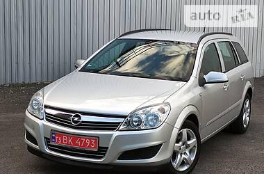 Универсал Opel Astra H 2008 в Золочеве