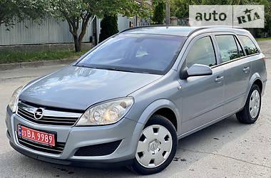 Универсал Opel Astra H 2009 в Новограде-Волынском