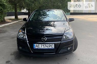 Хэтчбек Opel Astra H 2004 в Желтых Водах