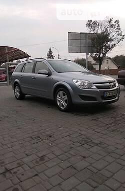 Унiверсал Opel Astra H 2009 в Івано-Франківську