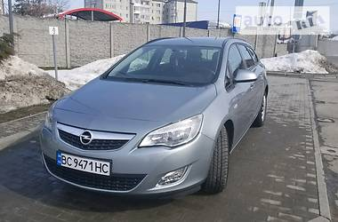 Opel Astra J 1.7 2012