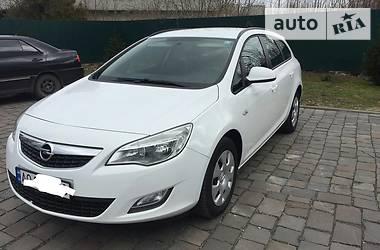 Opel Astra J 2012 в Мукачево