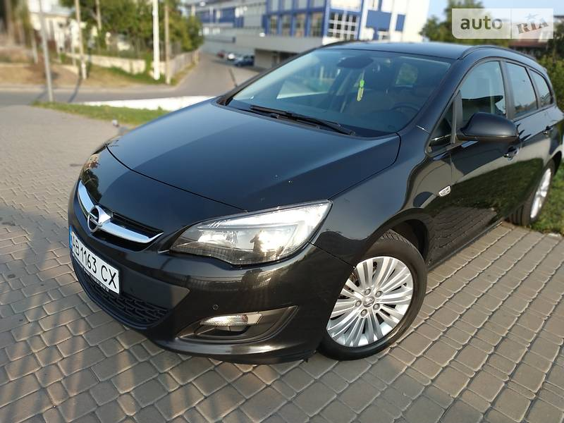 Opel Astra J Sports Tourer 1.7