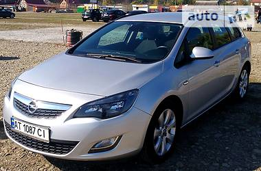 Opel Astra J 2012 в Калуше