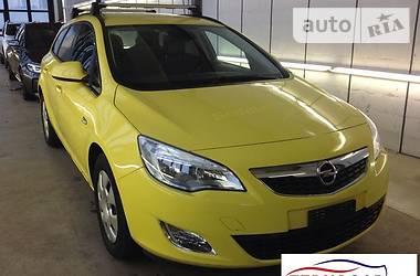 Opel Astra J 1.7 CDTi. 110 HP