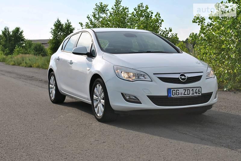 Opel Astra 2011 року в Луцьку